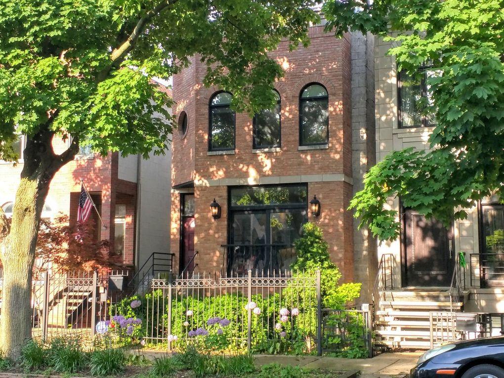 1939 N Wood St Chicago, IL 60622