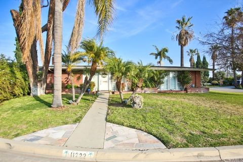 11222 Caroleen Ln, Garden Grove, CA 92841