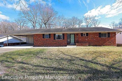 Photo of 1702 Oak Hills Dr, Cape Girardeau, MO 63701