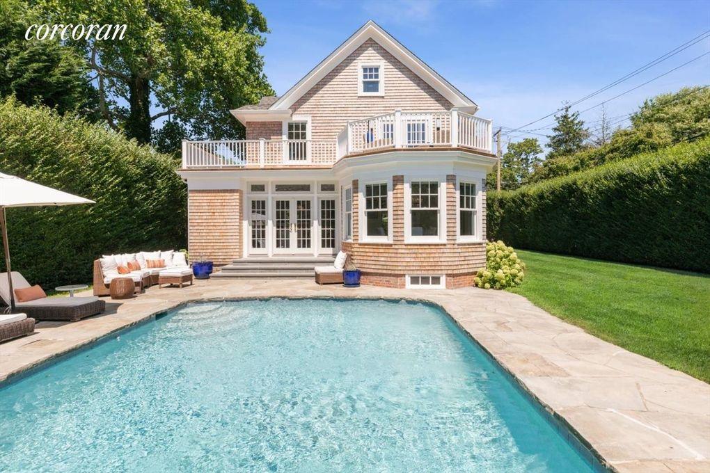 148 Meeting House Ln Southampton Ny 11968 Home For Rent Realtor Com