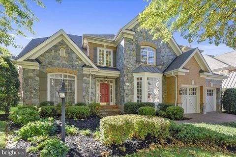 Photo of 3511 Schuerman House Dr, Fairfax, VA 22031