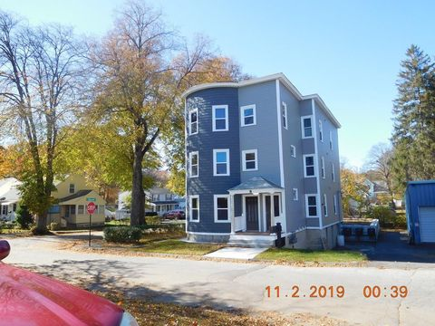 Photo of 8 Walworth St Unit 1, Worcester, MA 01602
