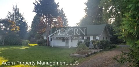 Photo of 2320 Laura St, Springfield, OR 97477