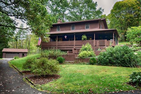 Photo of 56 Creek Rd, Sandy Lake, PA 16145