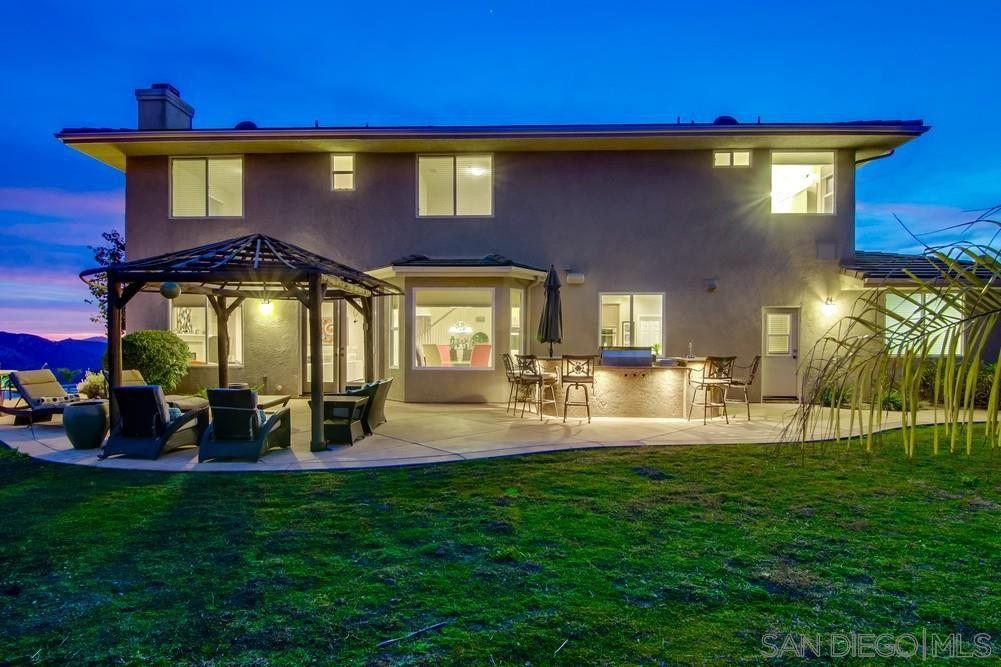 15118 Creek Hills Rd El Cajon, CA 92021