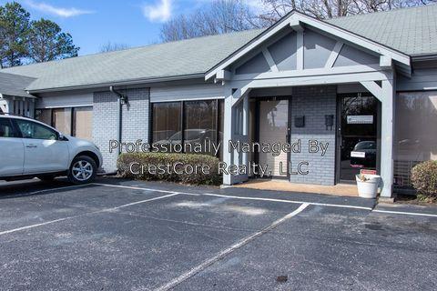Photo of 231 N Parkway Unit 2, Jackson, TN 38305