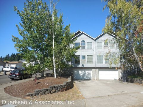 Photo of 704 N 11th St, Philomath, OR 97370