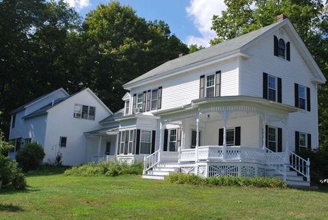 Photo of 533 N State St Apt 4, Concord, NH 03301