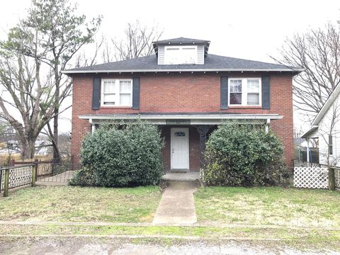 Photo of 207 Ensley Ave, Old Hickory, TN 37138