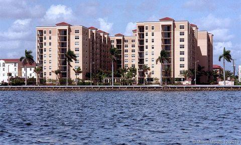 Photo of 1801 N Flagler Dr Apt 432, West Palm Beach, FL 33407