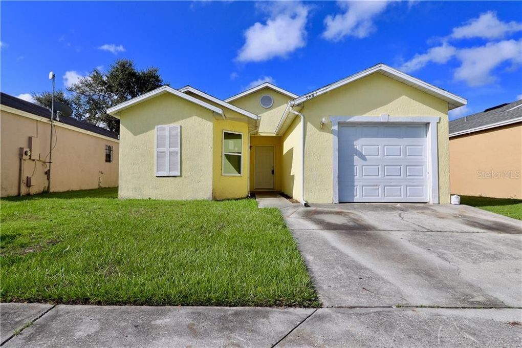 5404 Wood Crossing St Orlando, FL 32811