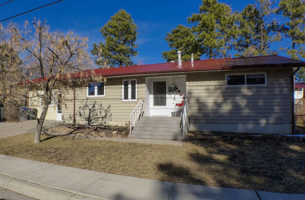 2862 Woodland Rd Los Alamos, NM 87544