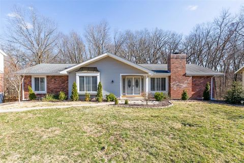 Photo of 15222 Kempwood Dr, Chesterfield, MO 63017