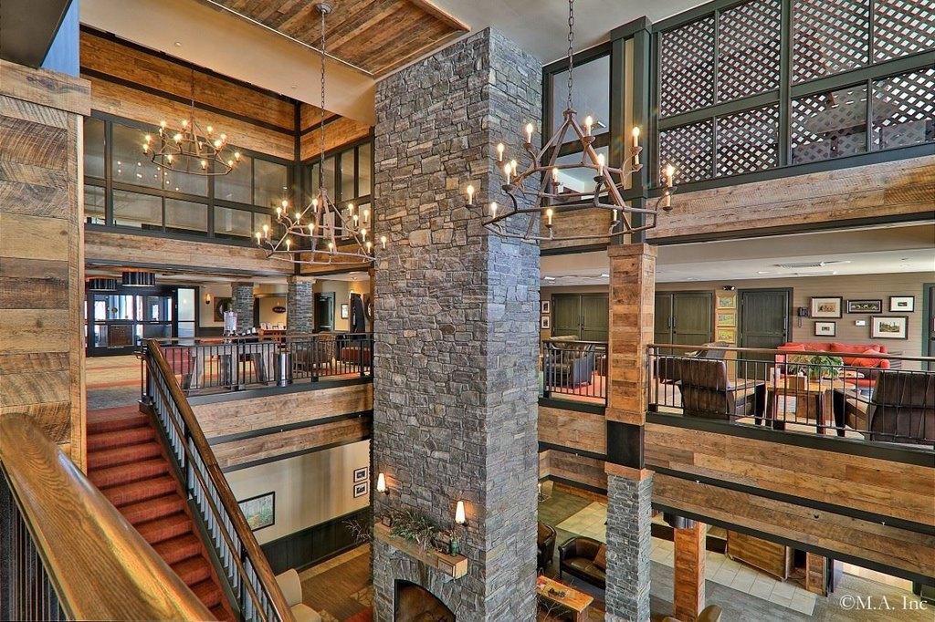 La Dup Grand Hotel 241 243 139 I Rd Killington Vt 05751 Realtor Com