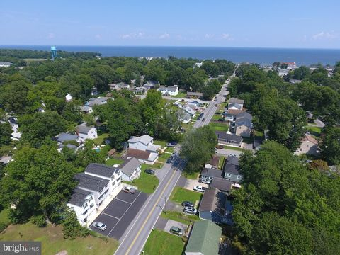 Photo of 3810 5th St, North Beach, MD 20714