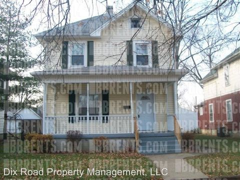 Photo of 210 Monroe St, Middletown, OH 45042