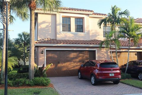 Photo of 112 Riverwalk Cir W, Plantation, FL 33325
