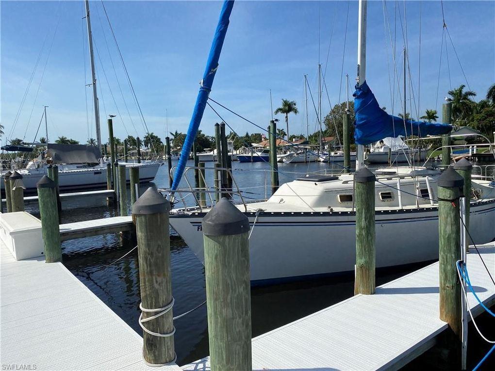 18036 San Carlos Blvd Apt 109 Fort Myers Beach, FL 33931