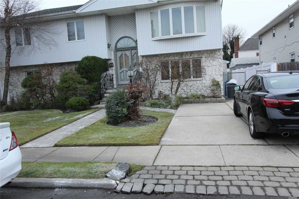 543 Bayview Ave Cedarhurst, NY 11516