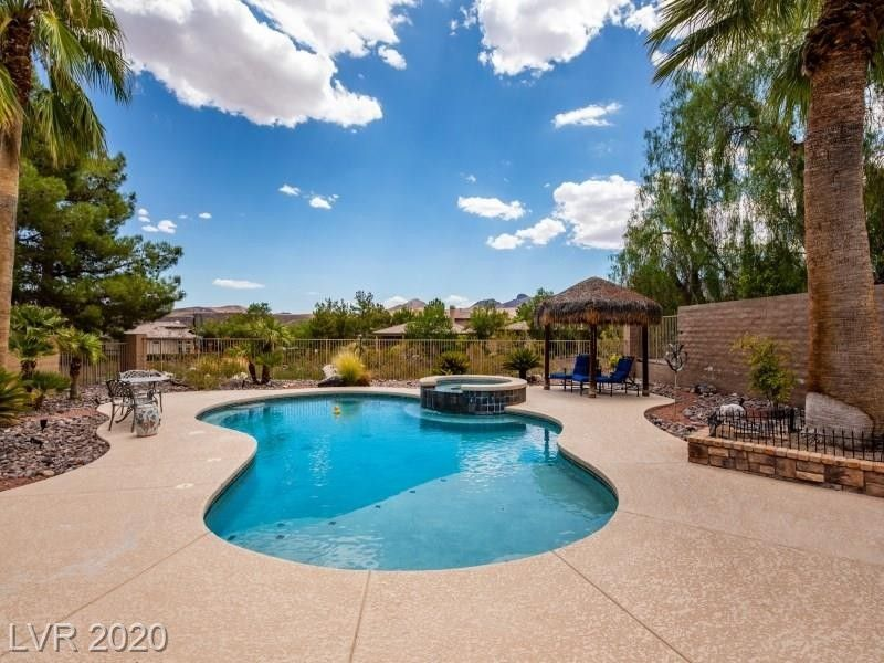 75 Fountainhead Cir Henderson, NV 89052