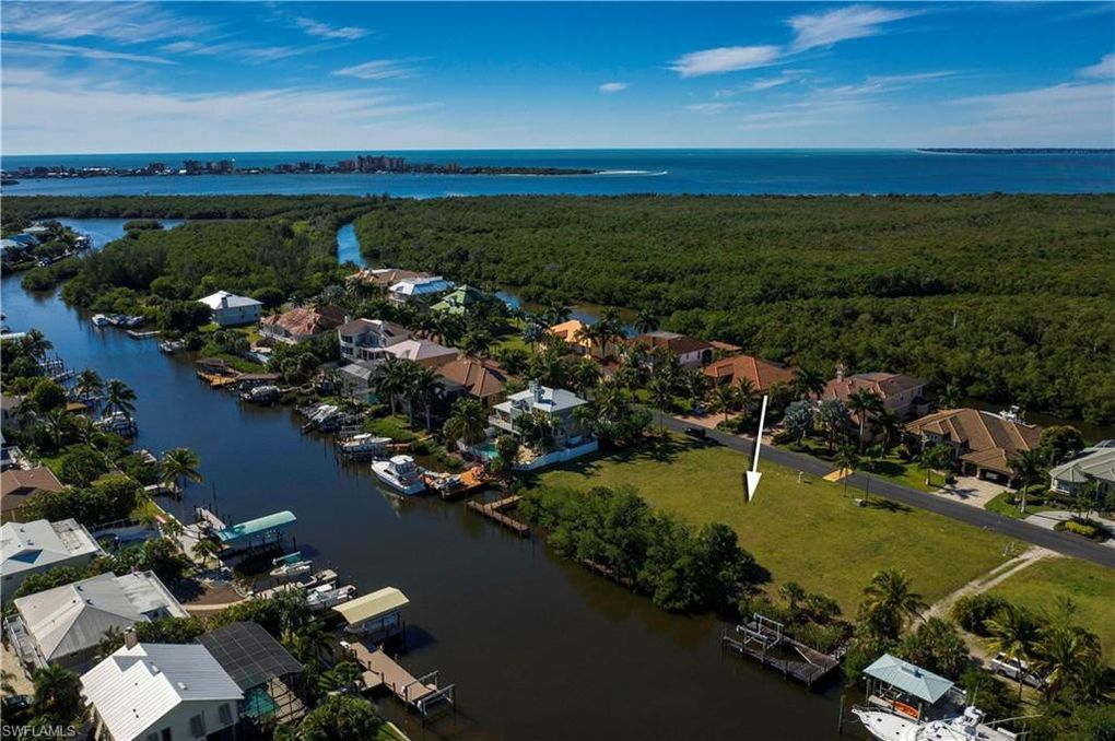 18121 Old Pelican Bay Dr Fort Myers Beach, FL 33931