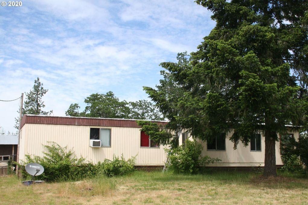 785 Quiet Mountain Rd Camas Valley, OR 97416
