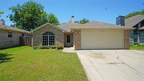 6329 Rockhaven Dr, Fort Worth, TX 76179
