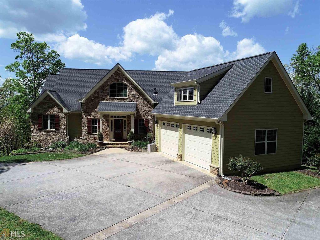 345 Honey Suckle Ln Clarkesville, GA 30523