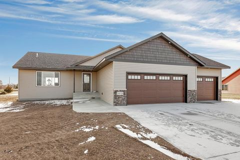 Photo of 24159 Crabapple Ct, Richmond, MN 56368
