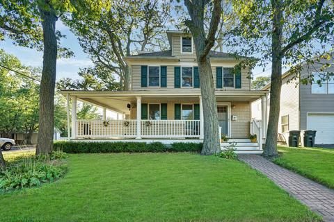 With Wrap Around Porch Homes For Sale In Wall Nj Realtor Com