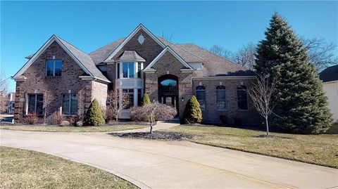 Photo of 1481 Summerwood Dr, Broadview Heights, OH 44147