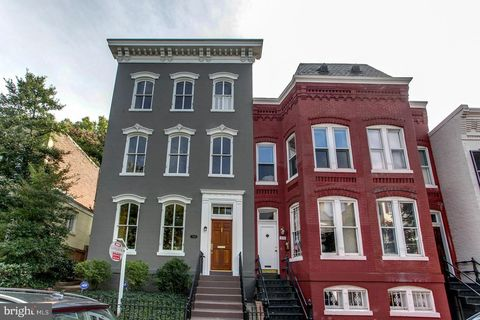 Photo of 3116 Dumbarton St Nw, Washington, DC 20007