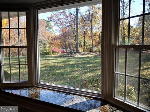Photo of 3273 A Tilton Valley Dr, Fairfax, VA 22033