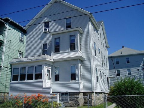 Photo of 252 Grinnell St Apt 3, Fall River, MA 02721