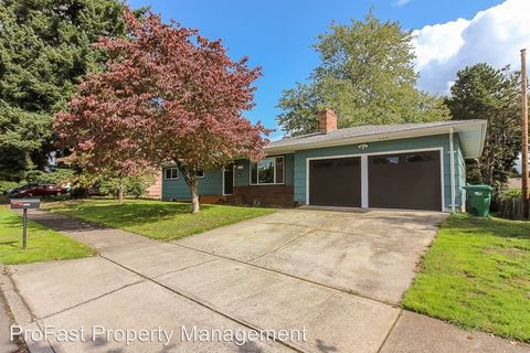 Photo of 1122 Se 147th Ave, Portland, OR 97233