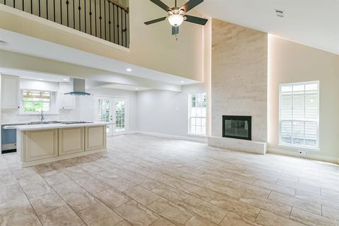 With Two Master Suites Homes For Sale In The Woodlands Tx Realtor Com