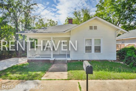 Photo of 1507 Hiller St, Newberry, SC 29108