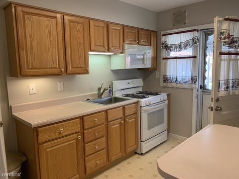 Photo of 2215 Graythorn Rd, Middle River, MD 21220