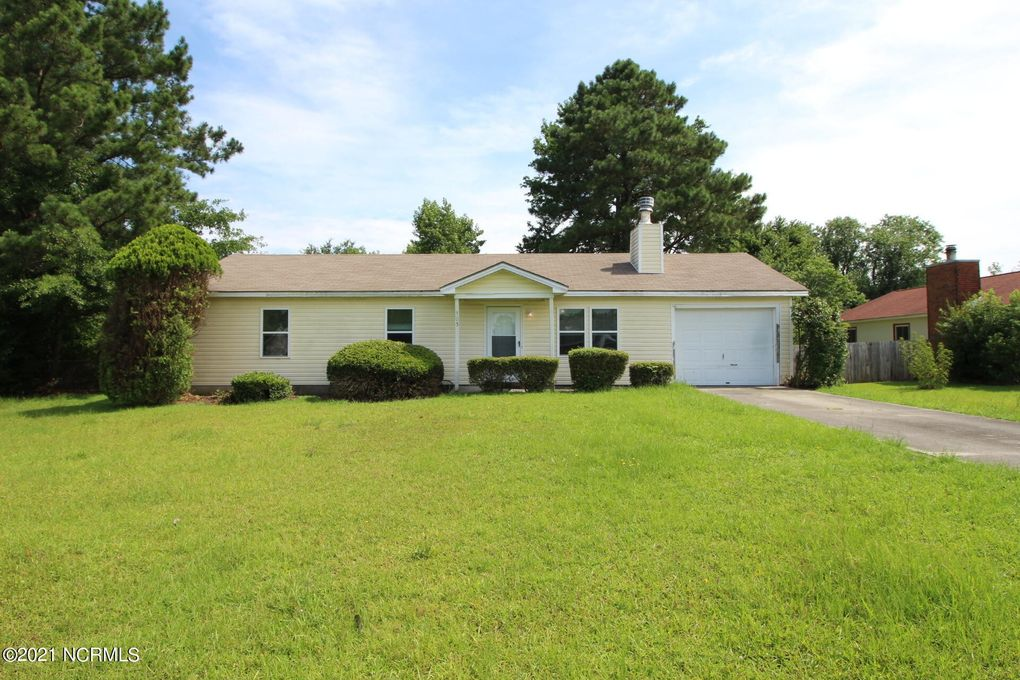 405 Forest Hill Dr Havelock, NC 28532