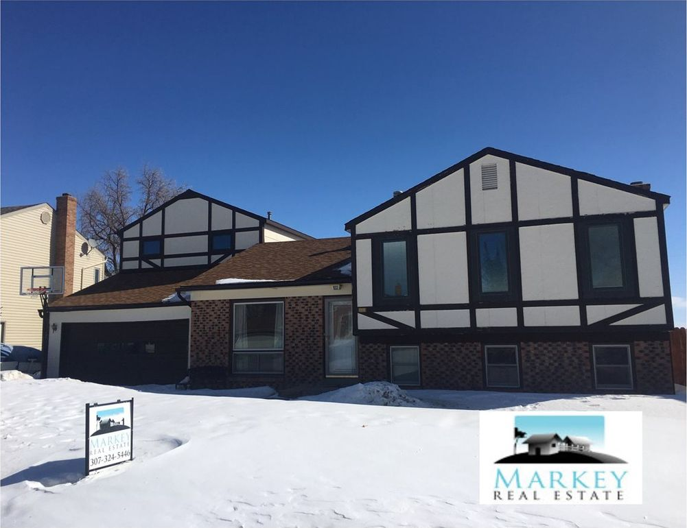 2325 Inverness Blvd Rawlins, WY 82301