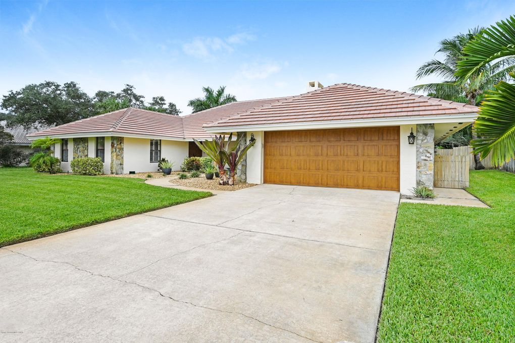 430 N Rio Casa Dr Melbourne, FL 32903