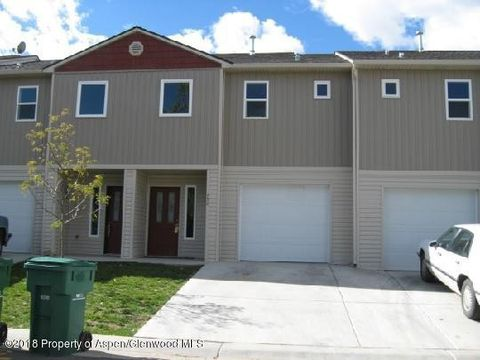 Photo of 460 Yarrow Cir, Parachute, CO 81635