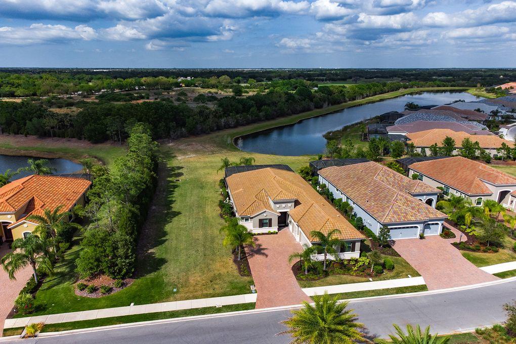 15209 Castle Park Ter Lakewood Ranch, FL 34202