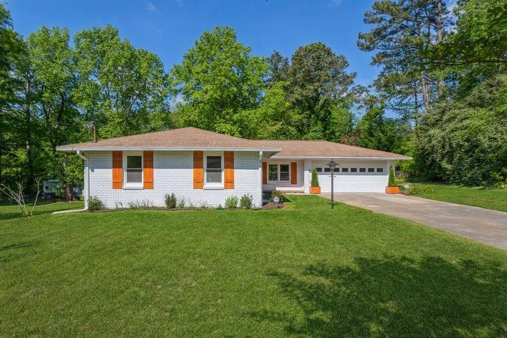 395 Crossville Ct Roswell, GA 30076