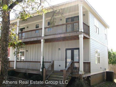 Photo of 1462 E Broad St, Athens, GA 30601