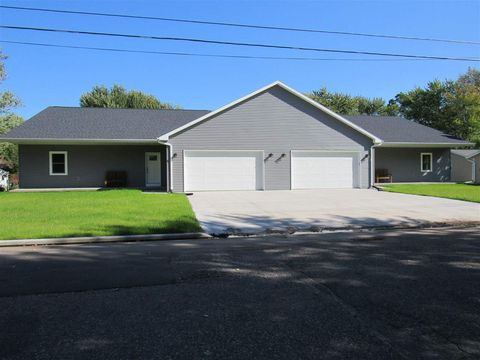 Photo of 206 S Washington St, Berlin, WI 54923