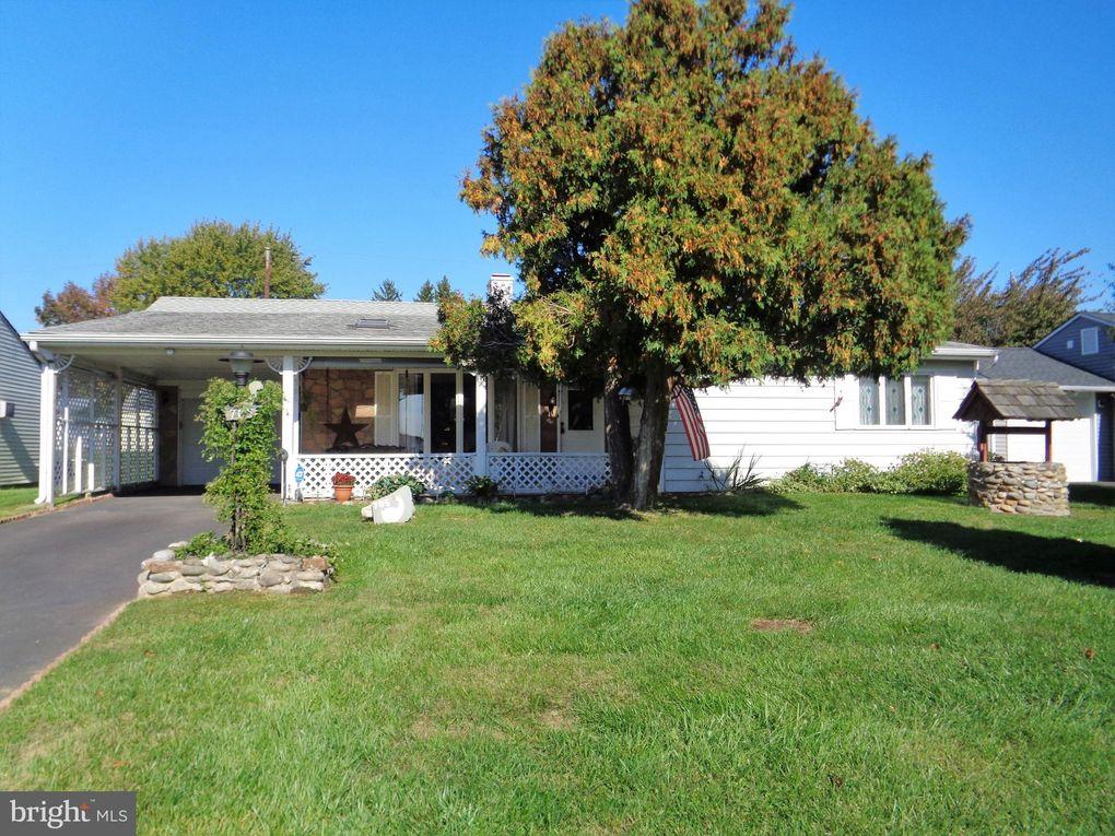 705 Trenton Rd Fairless Hills, PA 19030