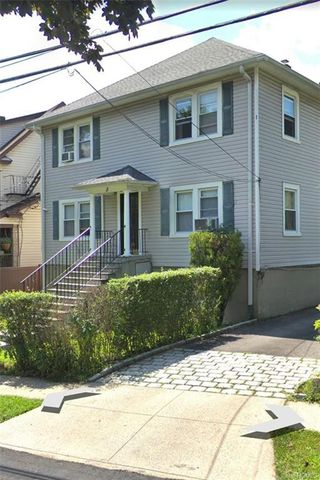Photo of 5 Valley Rd, White Plains, NY 10604