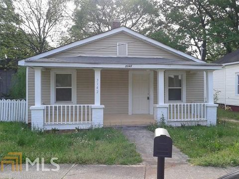 Photo of 3142 E Point St, East Point, GA 30344