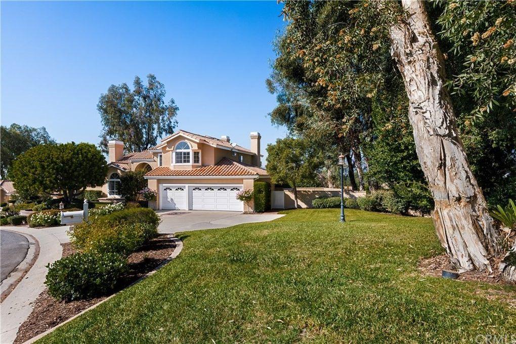 270 S Mohler Dr Anaheim Hills, CA 92808